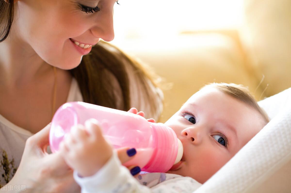 孩子吮吸手指会造成地包天?这4个原因需谨记,赶紧改掉