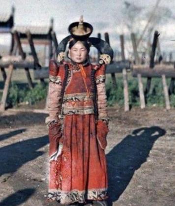外蒙古独立不到一百年,在那边的十几万汉人哪去了?结局叫人唏嘘