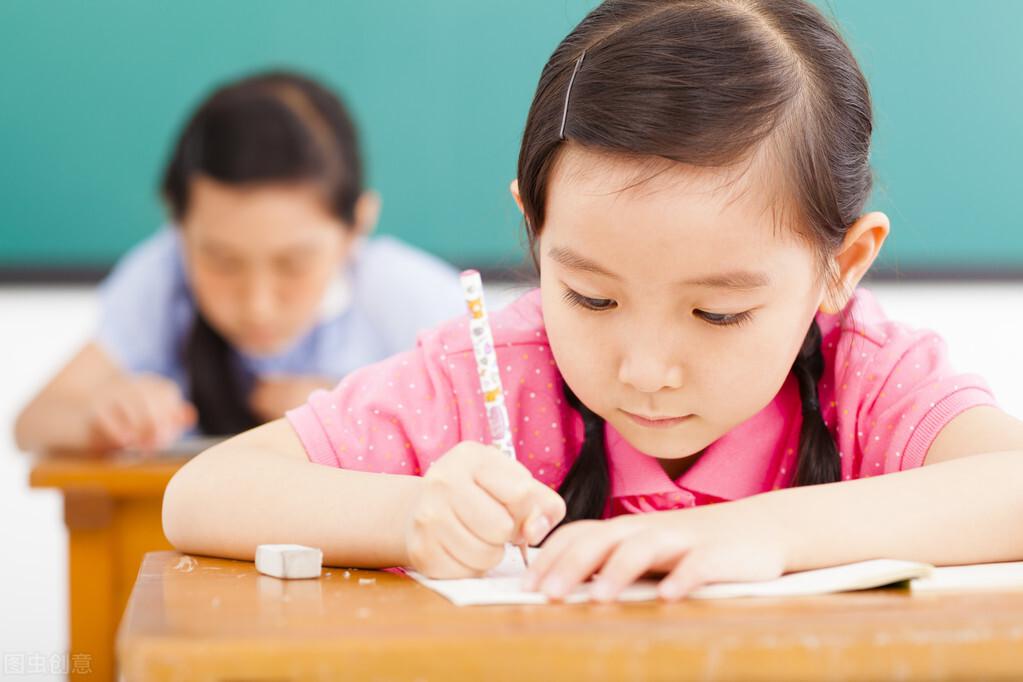 为给孩子找作文灵感,全家被困山里一夜,这样的家庭教育蛮拼的