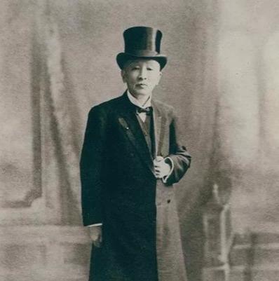 父亲曾是中国首富,他却一晚输掉上海100栋楼