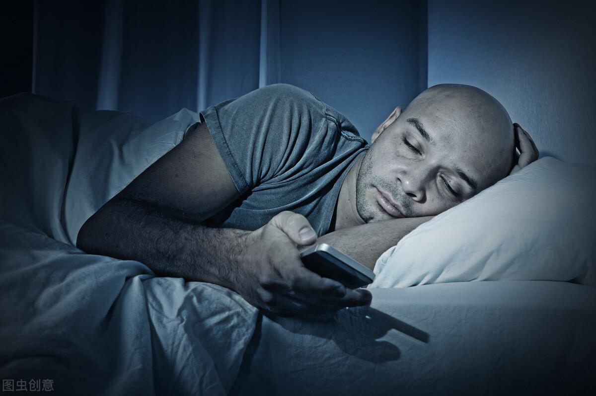 这八个原因可能让你睡不着觉