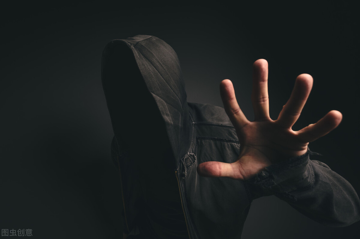 """心理學解析殺67人連環殺手""""反社會型人格障礙""""的特點及成因"""