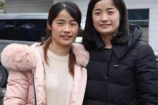 双胞胎同母不同命,一个长在美国,一个长在中国,长大后差距明显