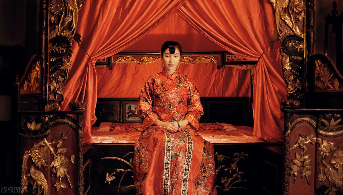 唐代女性是如何穿内衣的?她们的穿戴方式和今天不一样