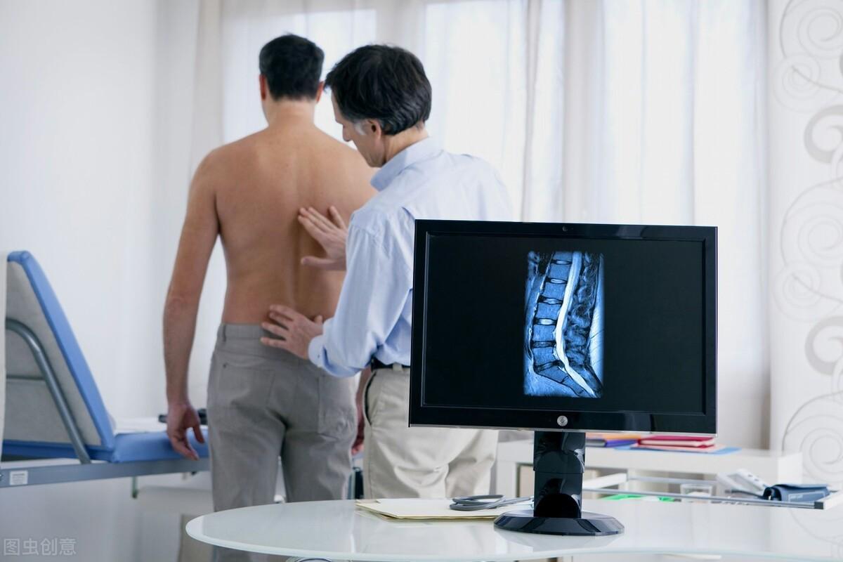 患上腰椎间盘突出需注意,除了治疗还需谨记这4点,以免病情加重