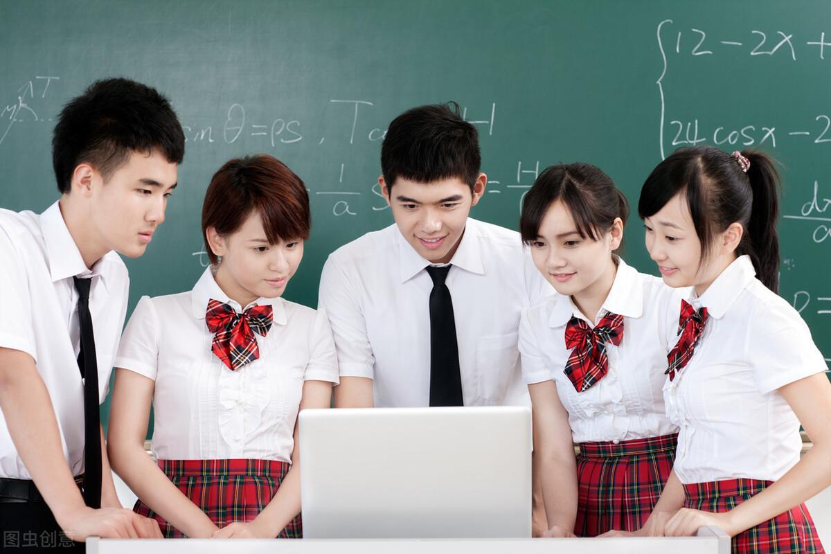 为什么要把张桂梅校长和刘瑜教授的观点对立起来?并行不悖行吗?