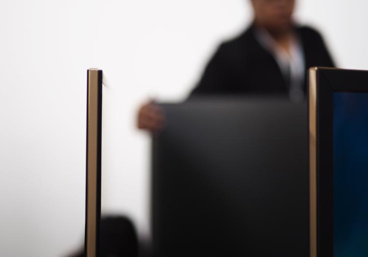 第一款隐藏式指纹,小米 5s 真的是黑科技