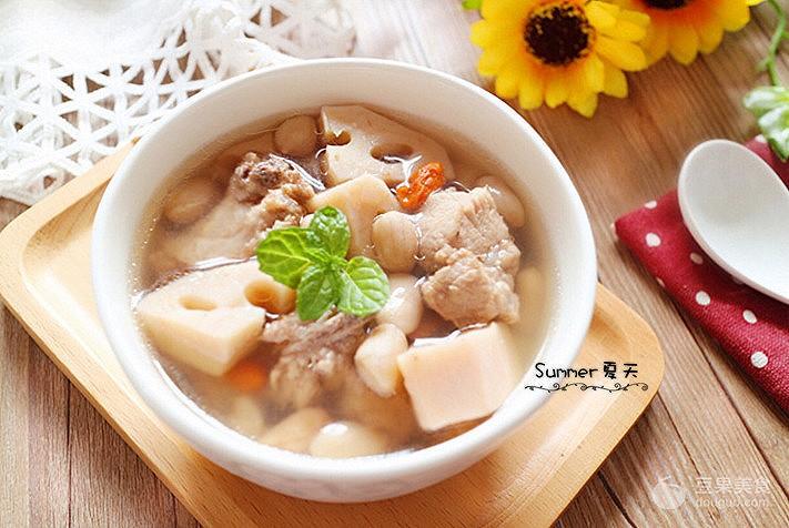 花生莲藕排骨汤的功效有哪些,它的做法和步骤