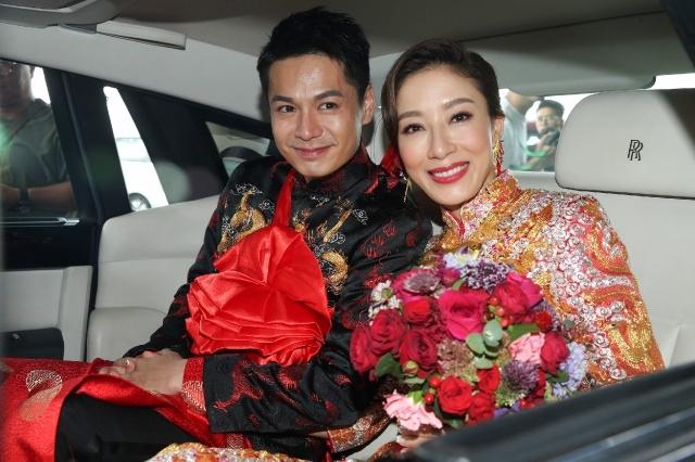 杨怡罗仲谦甜蜜婚礼,两人的笑容真美