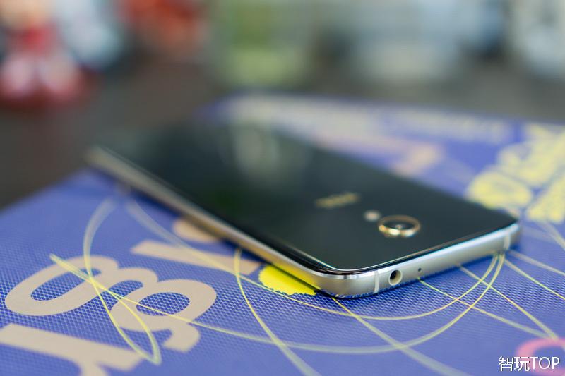 千元手机竟有一丝高端Feel,TCL这新手机有点儿美
