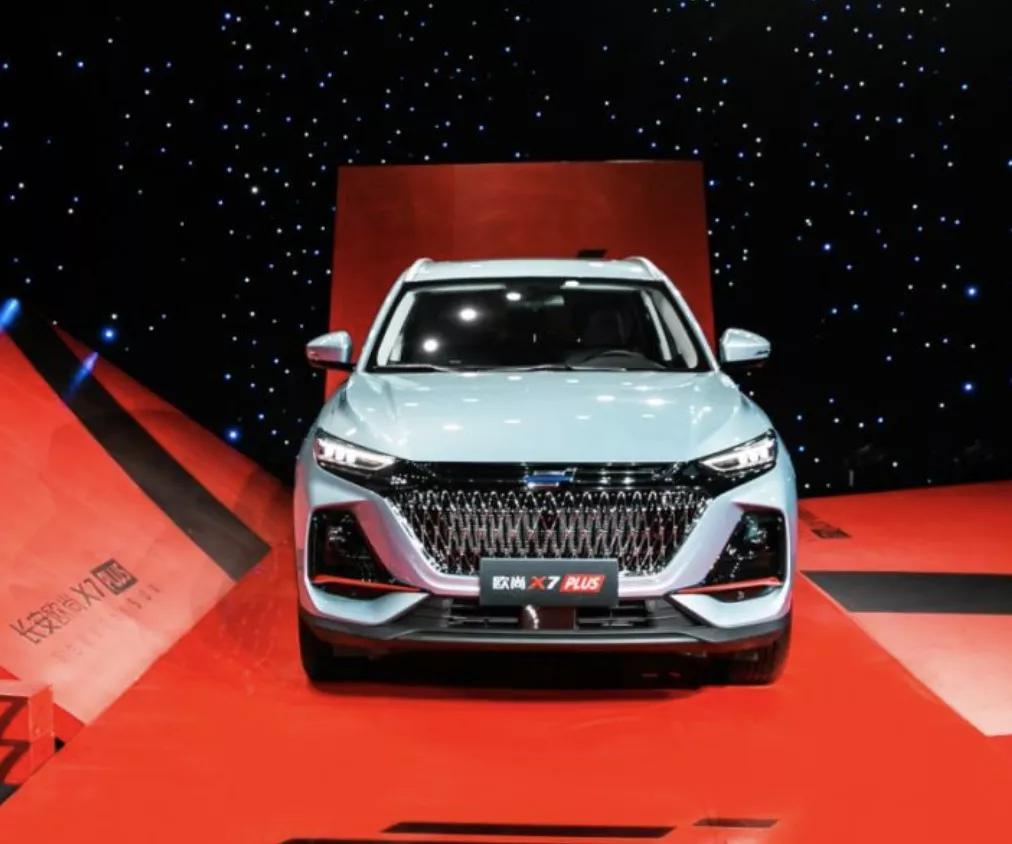 刷脸就能开车、车长超4.7米,10万级的欧尚X7 PLUS给足了惊喜