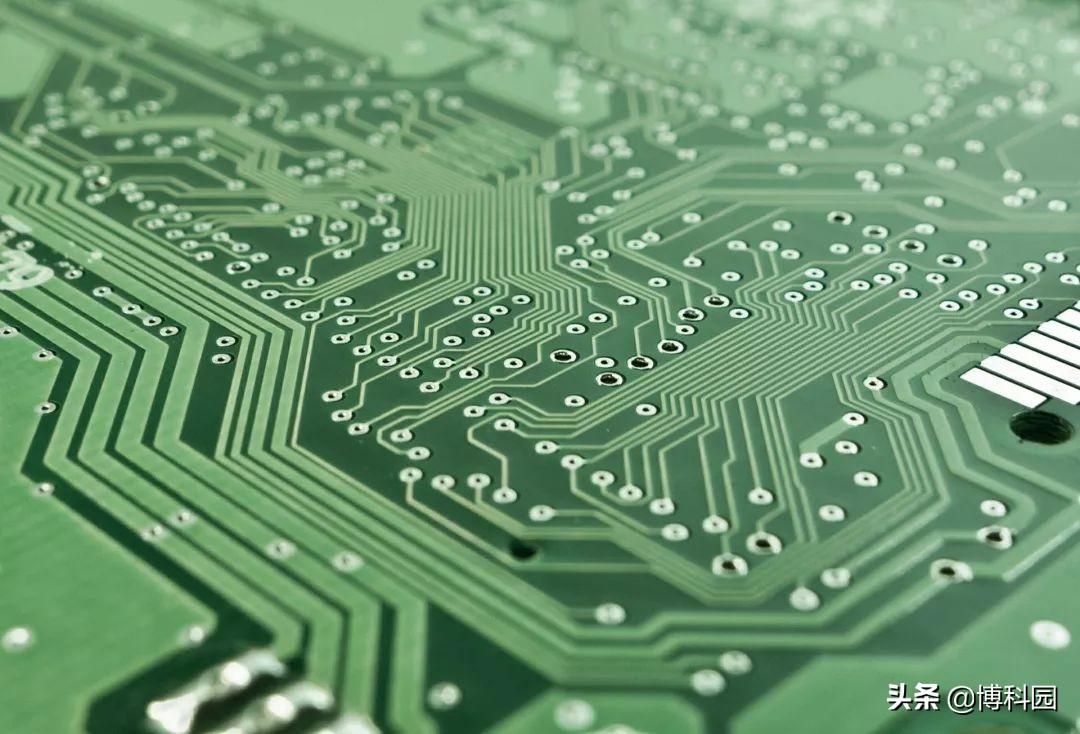 量子计算时代快了!量子计算机的架构,硬件,软件等都有成果
