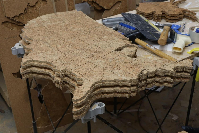 工程师利用业余时间做副业,在电商平台卖软木地图,月入2.6万