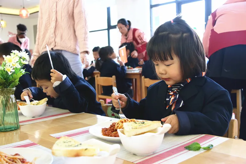 优雅养成记 | 英迪国际幼儿园西餐文化体验
