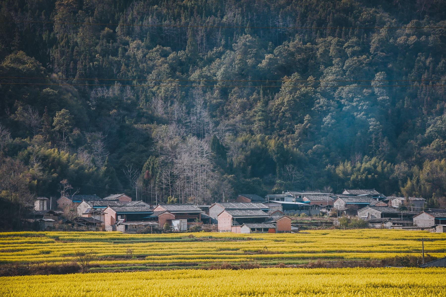 云南腾百年老宅,曾是缅甸翡翠大王故居,屋内一块玉比一套房还贵