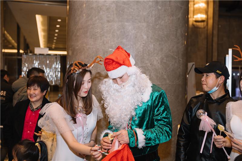 阜阳富力万达嘉华酒店2020圣诞点灯仪式开启冰雪奇缘圣诞季