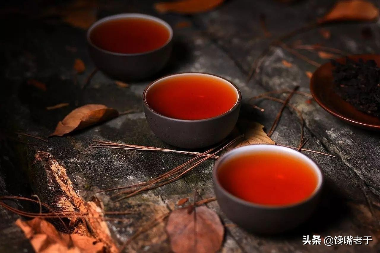 """喝茶,不懂礼仪怎么行,牢记喝茶""""10大礼仪"""",做有涵养的人"""