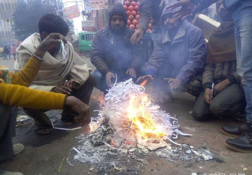 """印度经济面临崩盘危机,13亿人将直面""""超级冷冬"""""""