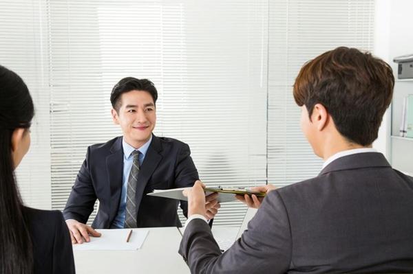 """如何面试应聘者?掌握技巧做好""""伯乐"""",找到真正的""""千里马"""""""