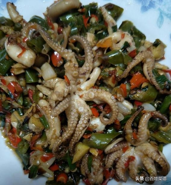 教你湖南人最爱吃的16道菜做法。湖南家常菜谱大全,好吃又好易做 湘菜菜谱 第3张