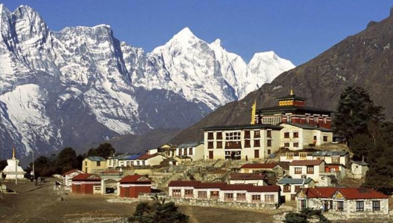 """尼泊尔贴出中文标语,中国游客""""看后""""开怀大笑,日本人:八嘎"""
