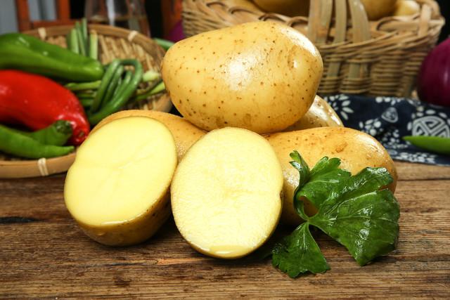 酸辣土豆丝,不要直接下锅!很多人做不出酸辣脆爽,少做了这一步 美食做法 第8张