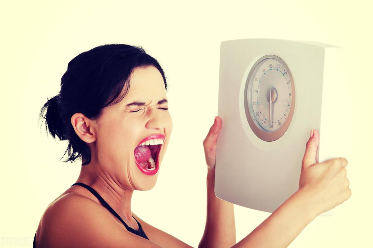 减肥不看体重!4个信号的出现,意味着你正在瘦下来