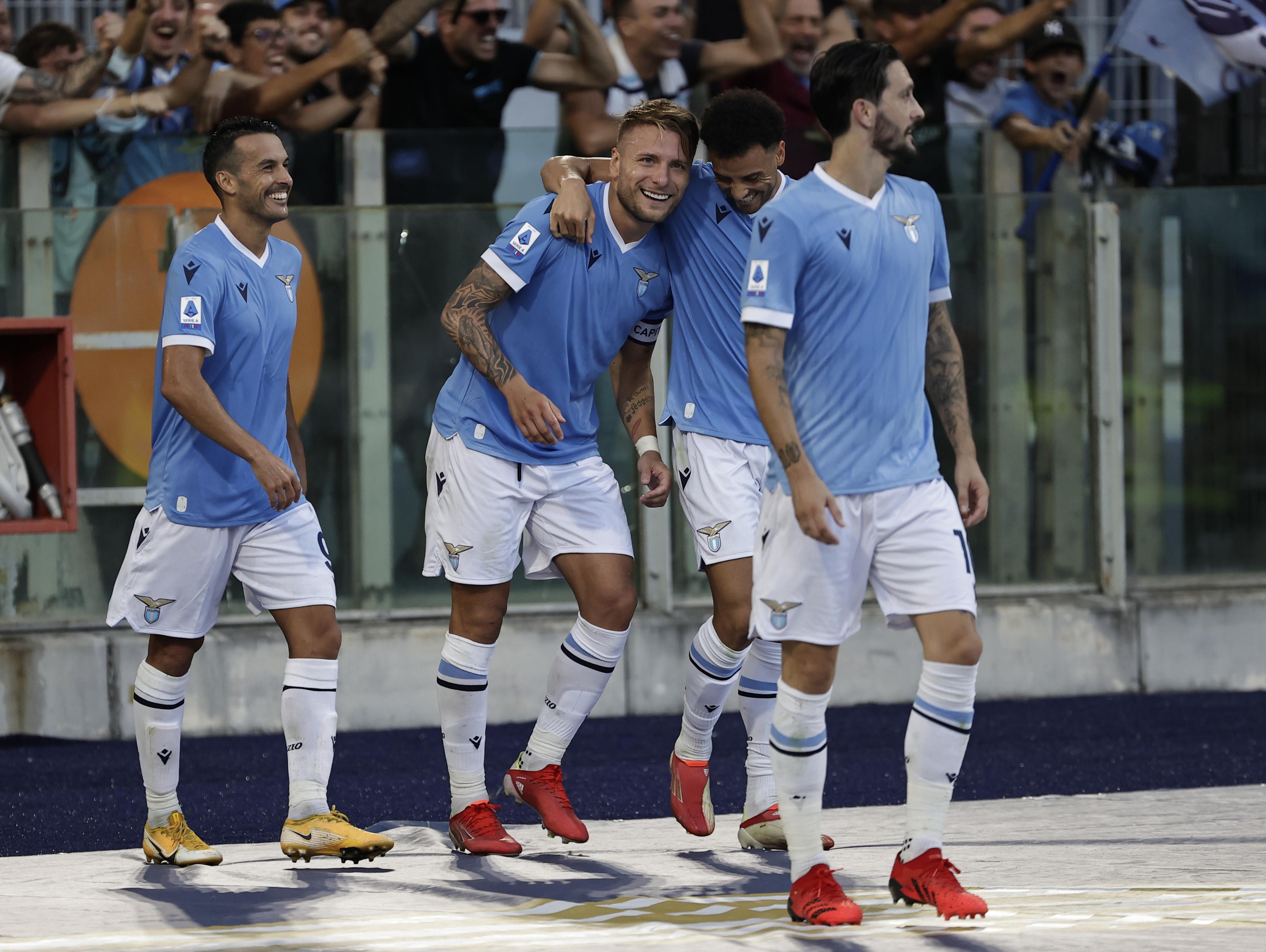 意甲2冠王踢疯了,拉齐奥6-1逆转大胜斯佩齐亚,超越卫冕冠军国际米兰登上榜首。