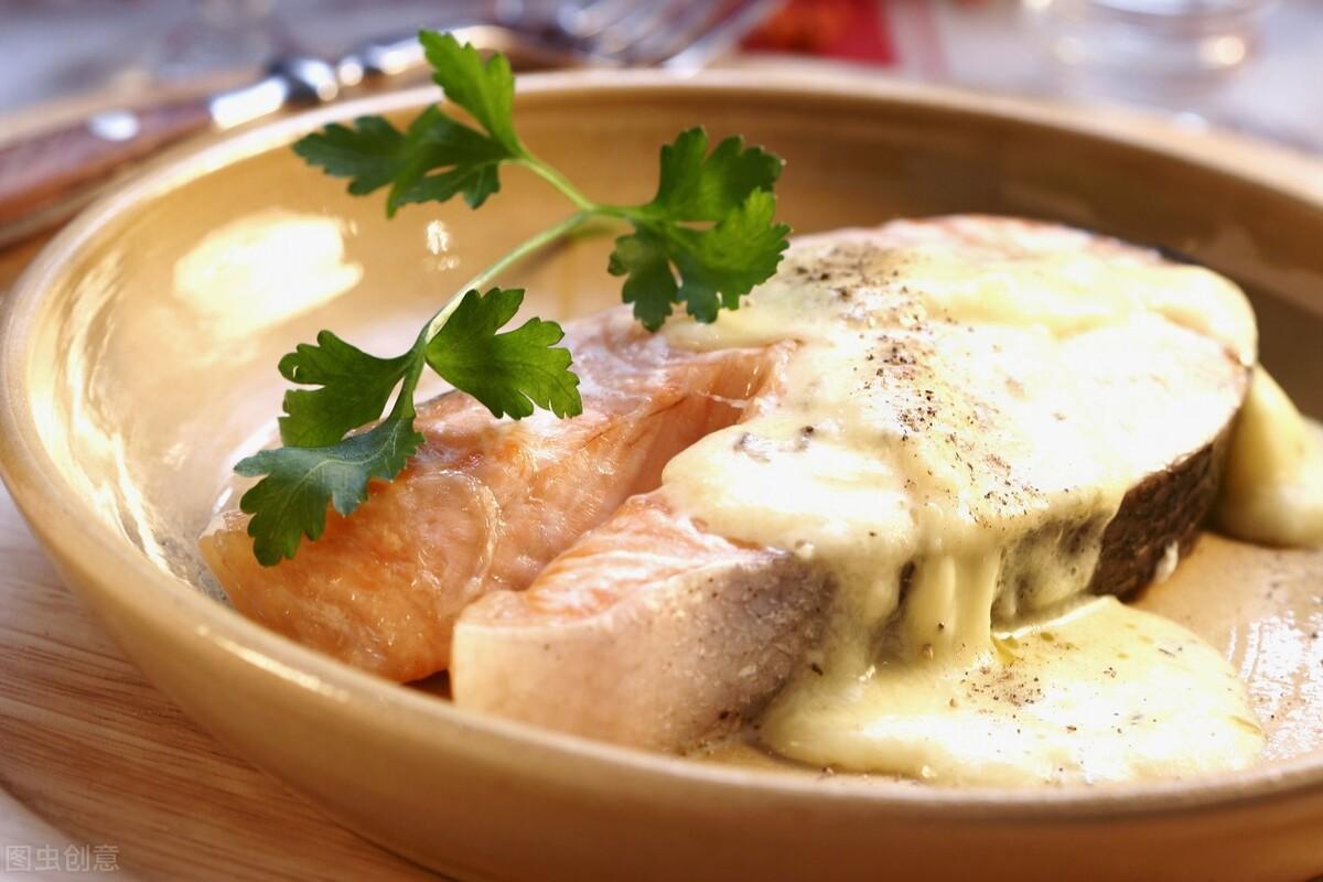 解凍魚時,不要直接用水泡,教你正確的方法,魚肉依舊新鮮美味