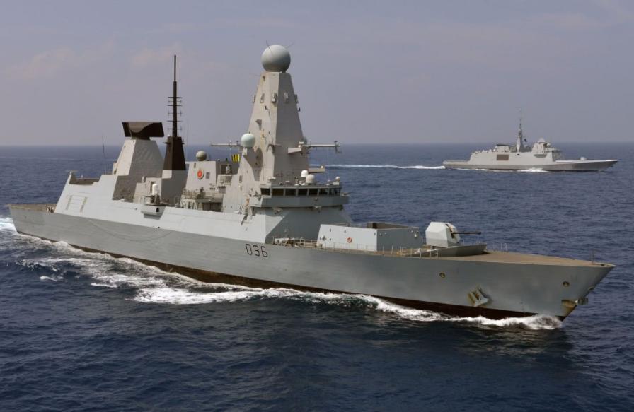 還沒到南海,英航母編隊就噩耗連連,上百人感染新冠后又鬧出人命