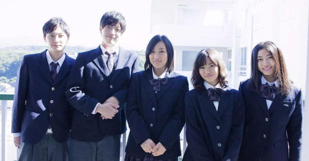 日本學生校服將不分性別,女裝大佬的春天要來了?JK圈子卻哭了