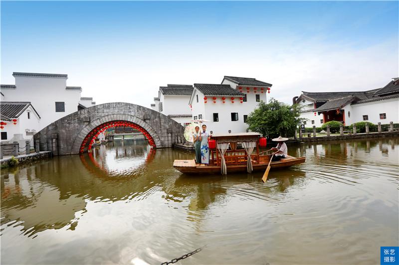 """春節出遊,來""""中國好萊塢""""的南海影視城遊玩,打卡和明星偶遇"""