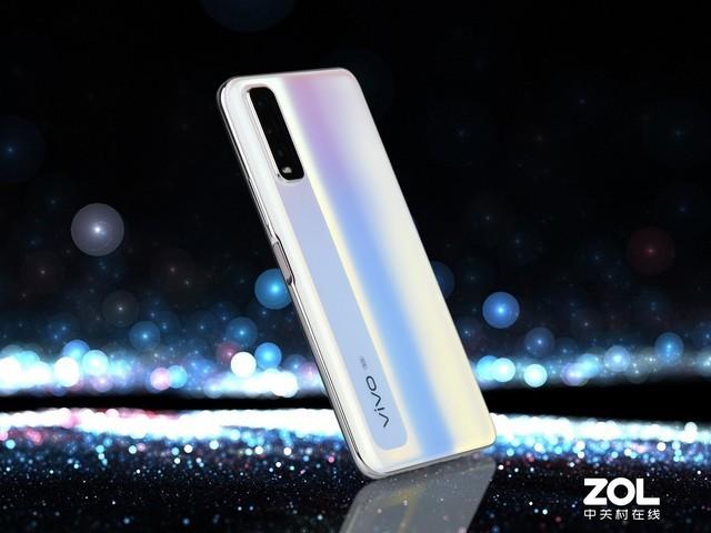 一款颜值续航双高的5G手机 vivo Y70s全面评测