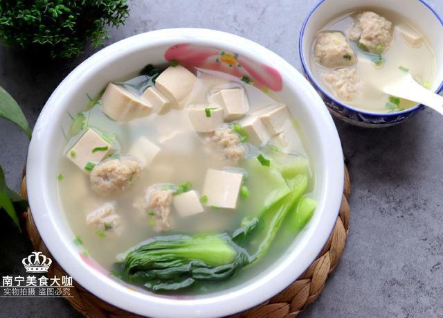 15道适合秋天做给家人喝的汤,鲜香又滋补,常喝