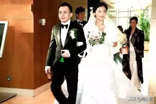200亿身价的王珂破产抑郁,妻子刘涛不离不弃,一年连拍六部戏
