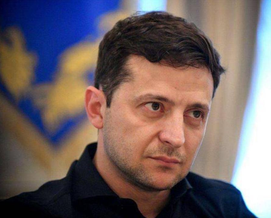 见面请求被拒绝,美国再次调查乌克兰挖拜登黑料,泽连斯基中计了