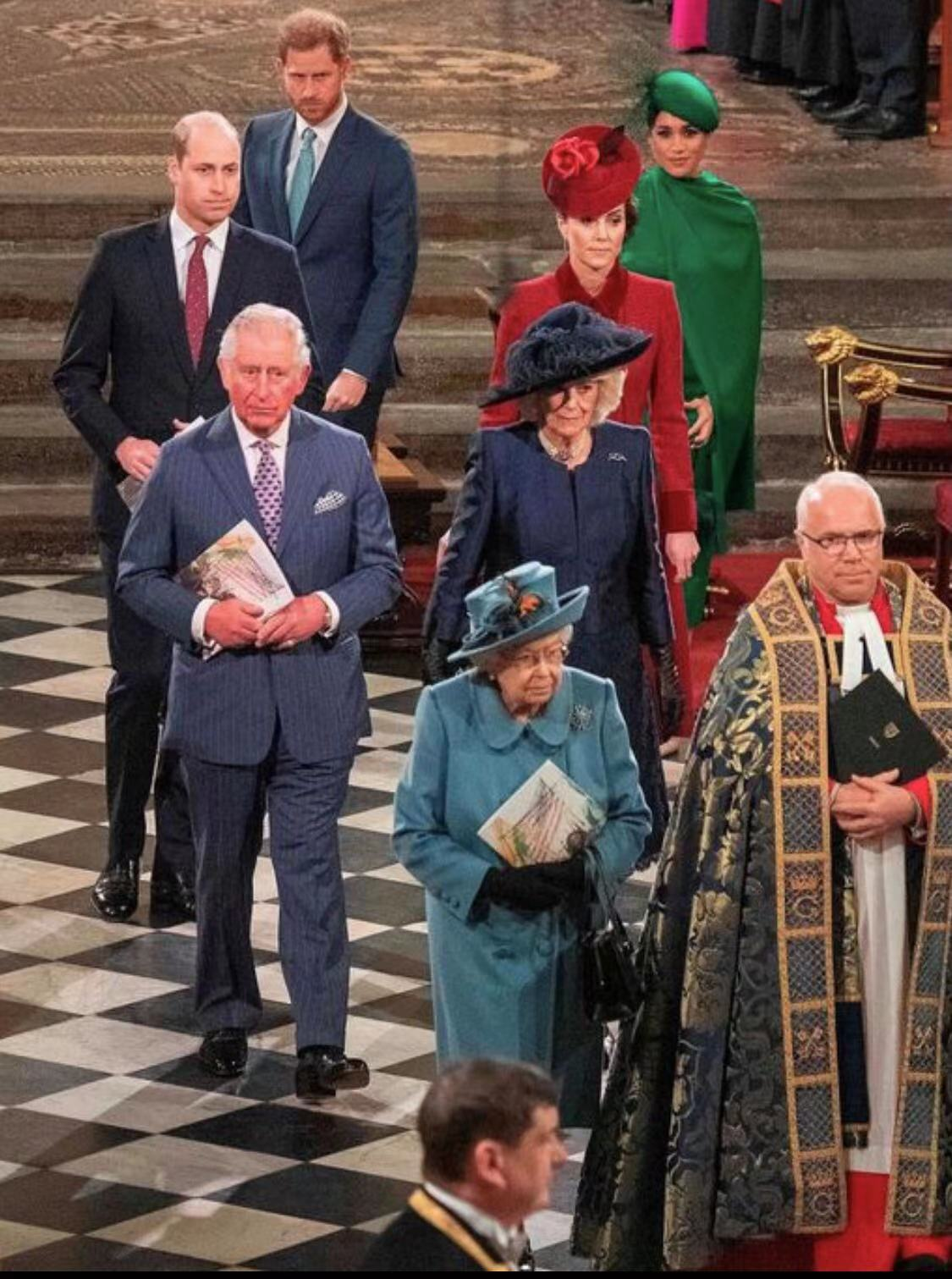 亲王去世加速查尔斯时代的到来,女王对卡米拉重要任命为封后铺垫