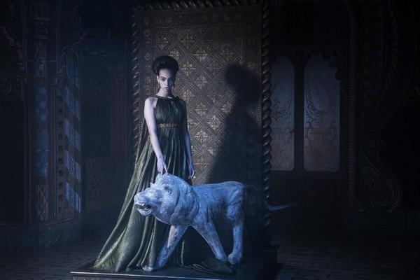 DIOR拍出极梦幻塔罗时装 塔罗牌女祭司、恶魔服装仙气爆棚  第8张