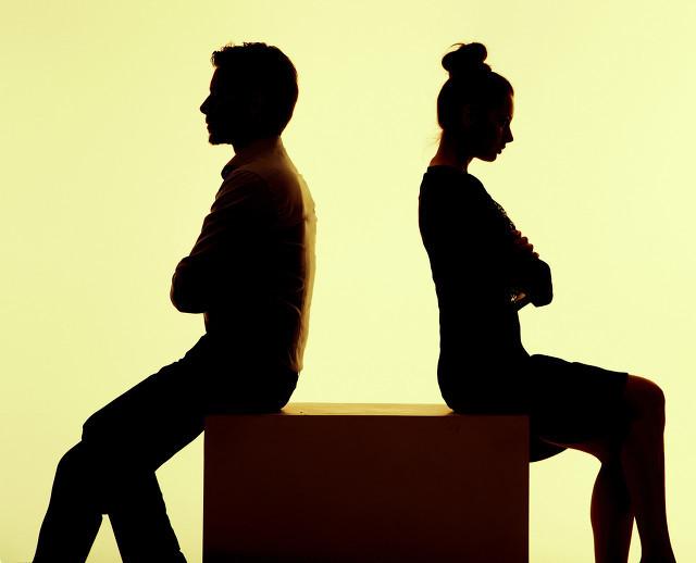 因为出轨而离婚的男人都过得怎么样?听听过来人怎么说