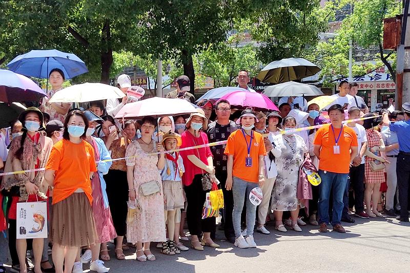 潢川县2021年高考工作圆满落下帷幕