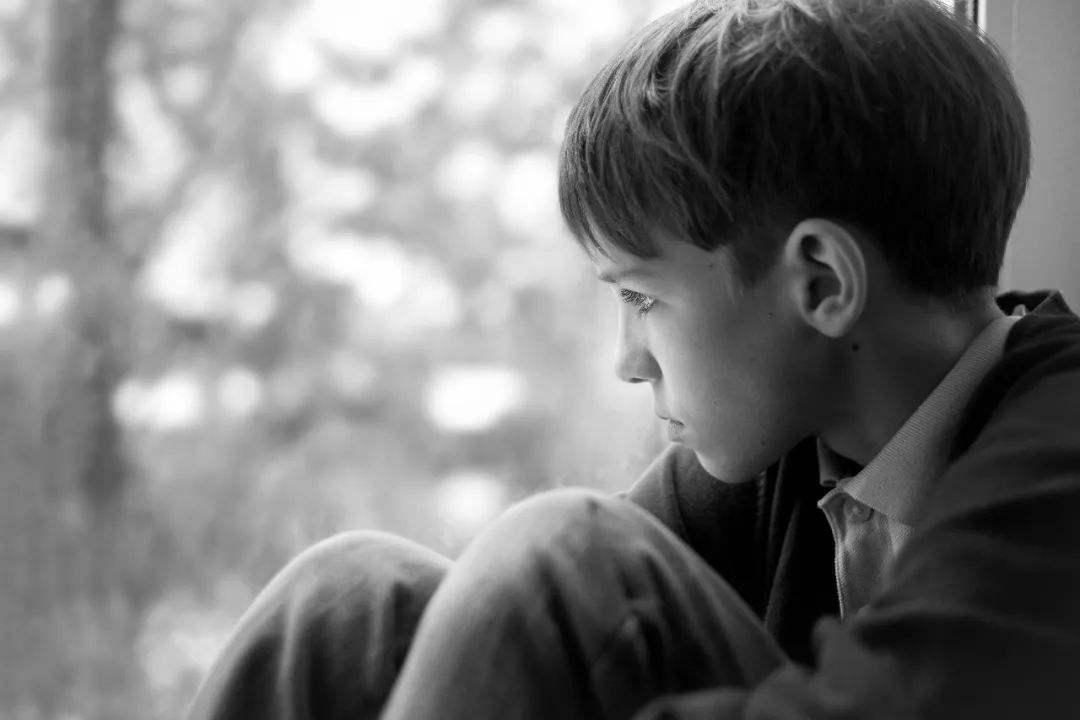 """孩子学习不努力,讨厌父母说教,家长要学会让他们""""接触社会"""""""