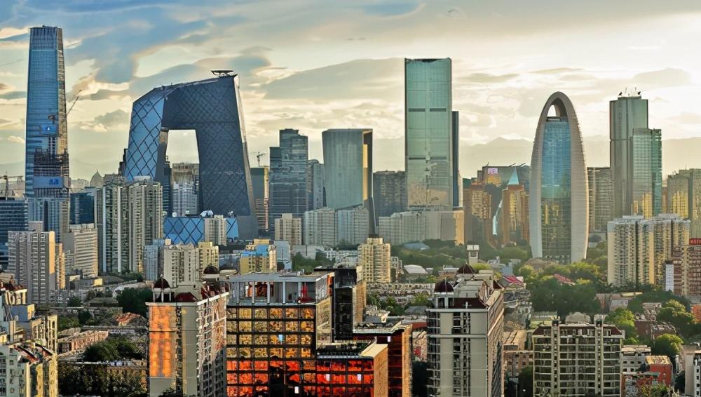 现在中国自信统一了,进一步改革的空间就大了,这也是自信的表现