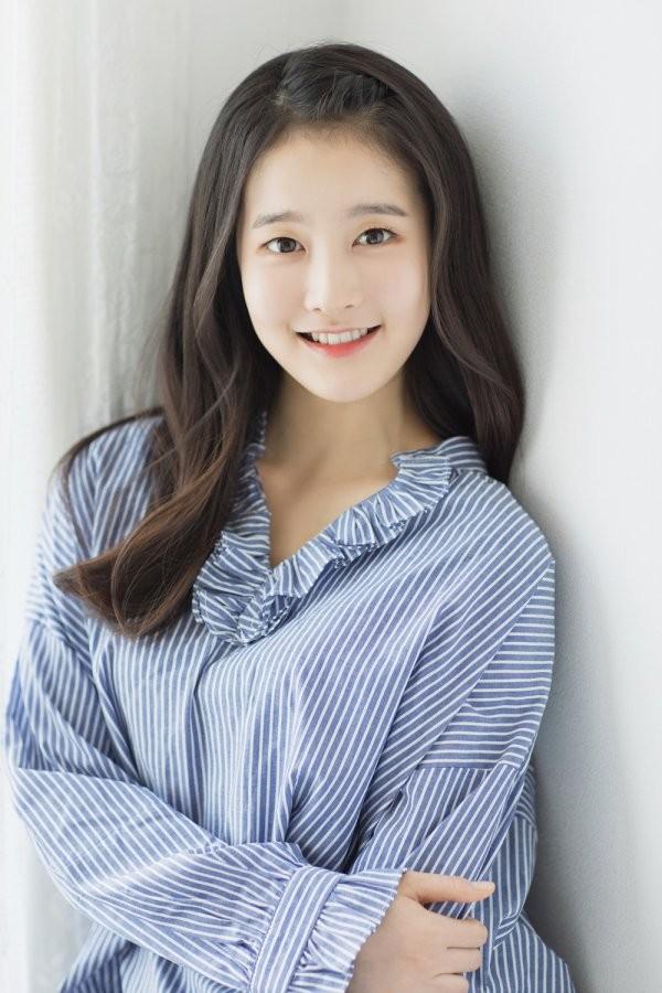 韩国著名星二代朴莳恩准备出道,曾在JYP接受过专业训练