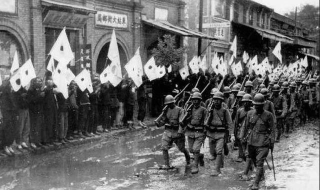 当年日本大举进犯越南,为什么百姓不憎恨反而夹道欢迎?