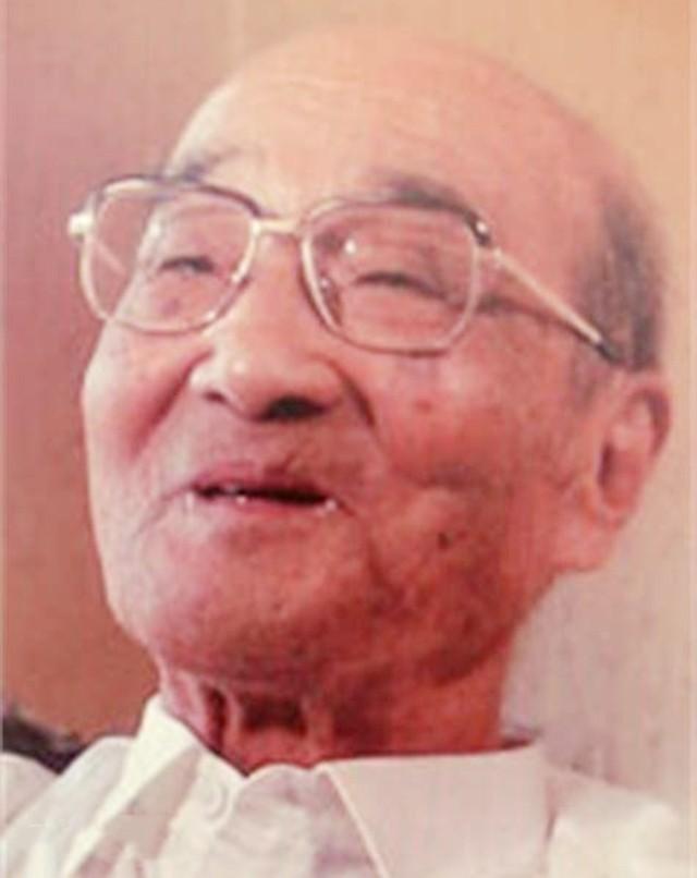 东条英机64岁被绞死,伏法前留遗训:3子遵守数年,却被孙女打破