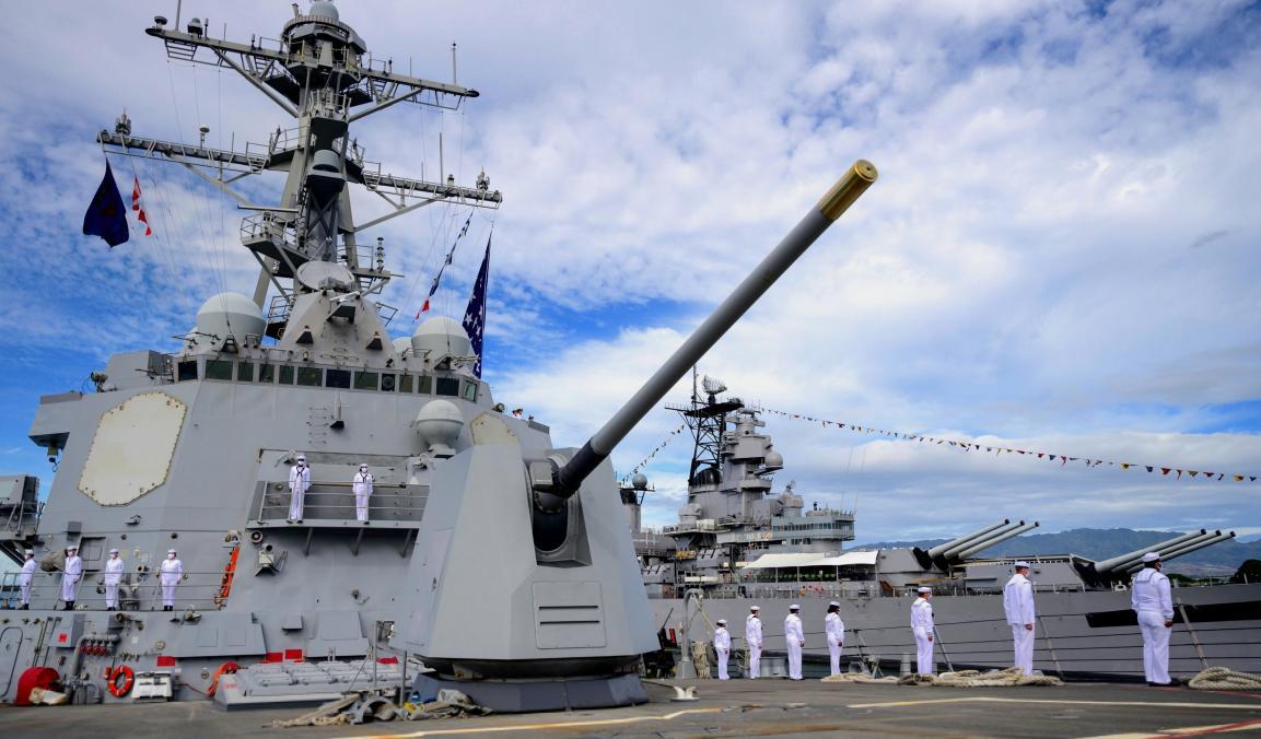 美国海军再次中枪,伯克级驱逐舰疫情爆发,高层拒绝通报确诊人数