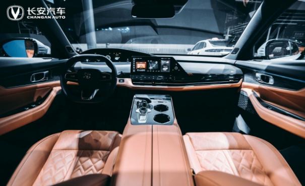 长安UNI-K正式亮相广州车展,全新设计带来极致驾乘体验