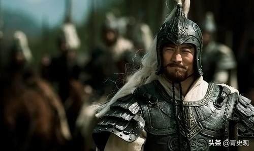 他是三国时的河北名将,和周瑜是工作搭档,因为杀人而离奇去世