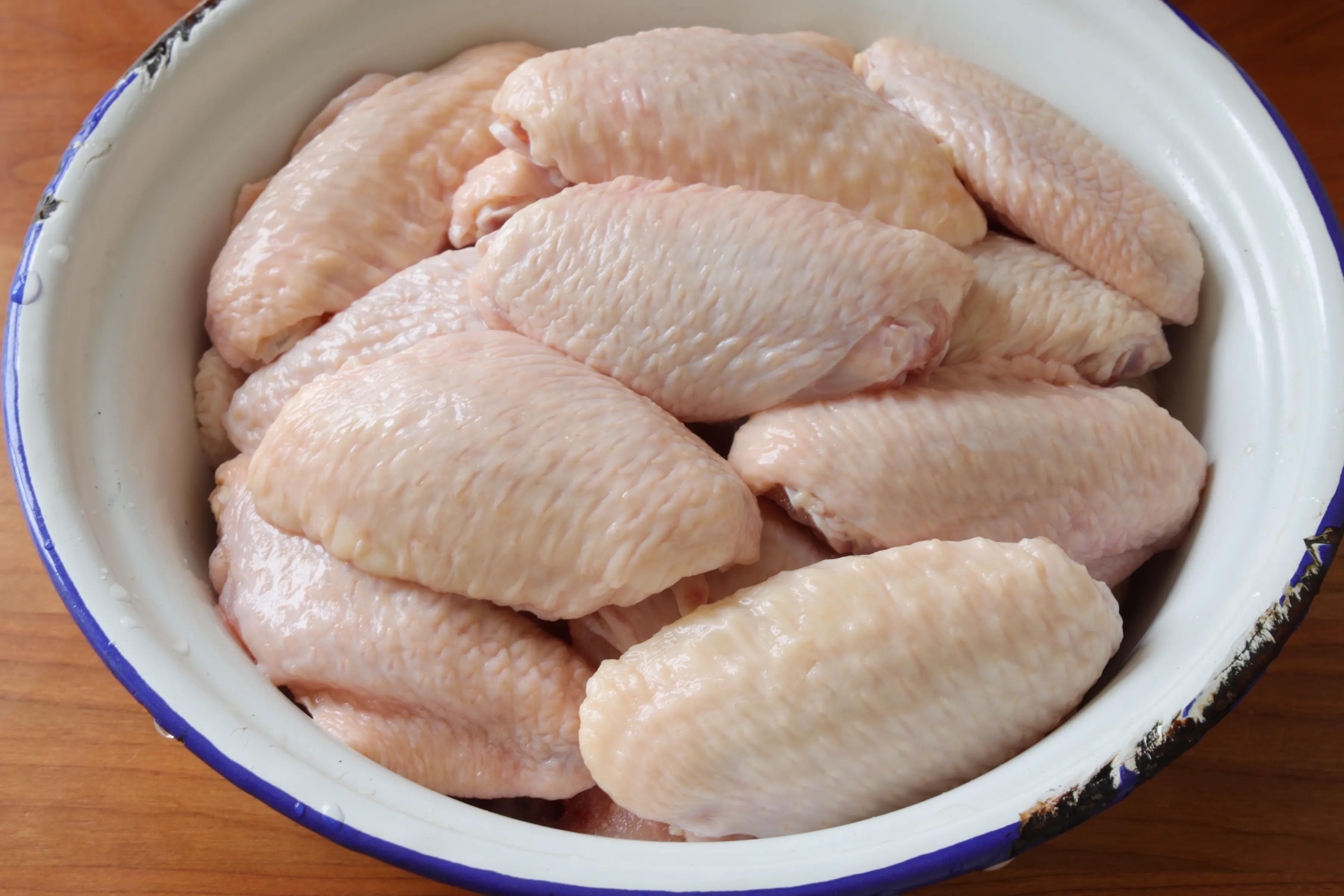 雞翅別紅燒,試試這個做法,不加油,外焦里嫩,吃一次就忘不了