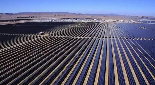神州阳光 在荒漠发展太阳能绿色能源